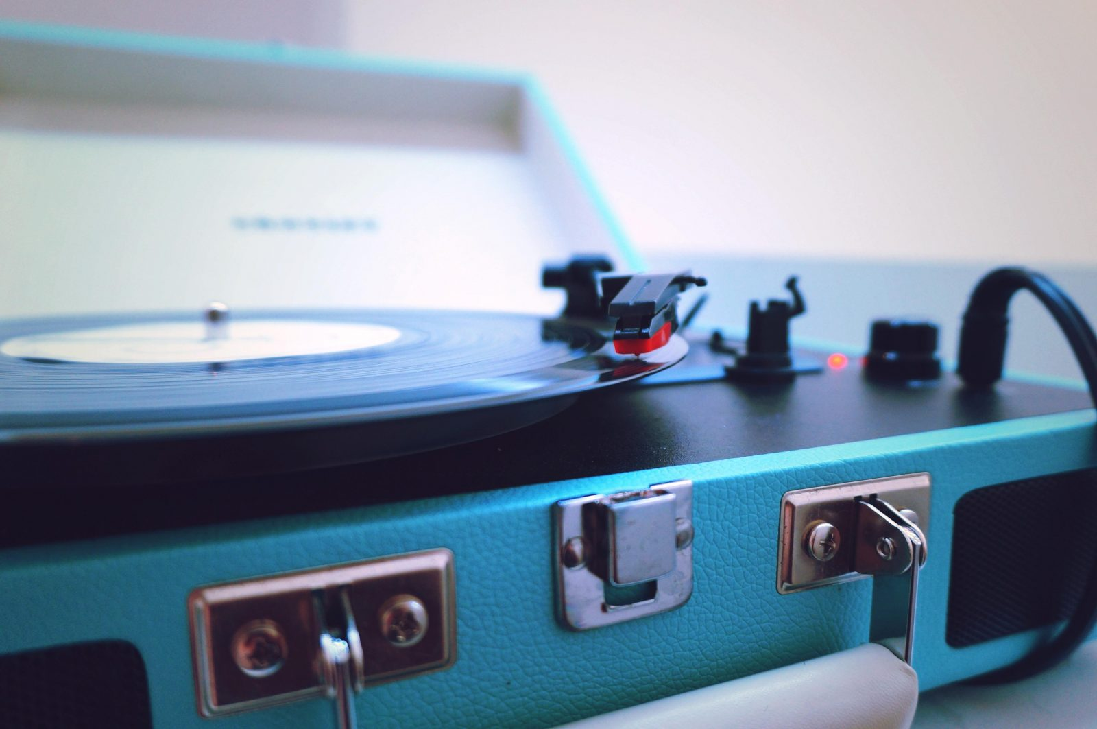 Record Player 03